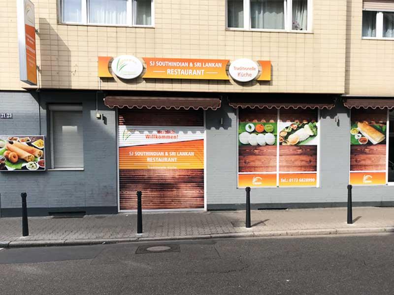 Außenwerbung mit Digitaldruck SJ Restaurant