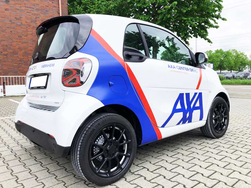 Fahrzeugbeklebung AXA Versicherung