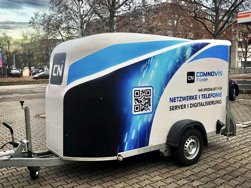 Anhängerbeschriftung Comnovis IT GmbH